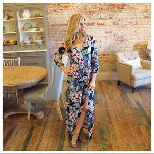 ✨LAST✨Navy tropical print faux wrap maxi dress